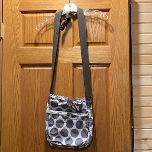 Thirty-One Crossbody Retro Metro Bag